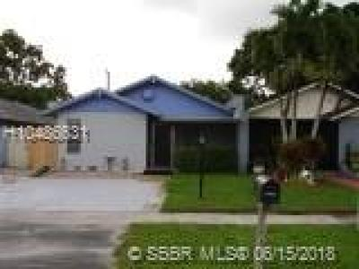 Fort Lauderdale FL Condo/Townhouse For Sale: $205,000