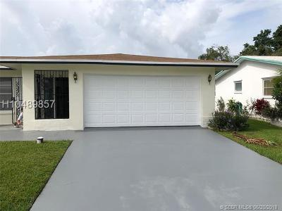 Tamarac Single Family Home For Sale: 4922 NW 58th St
