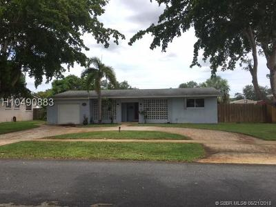Plantation Single Family Home For Sale: 5251 SW 4th St