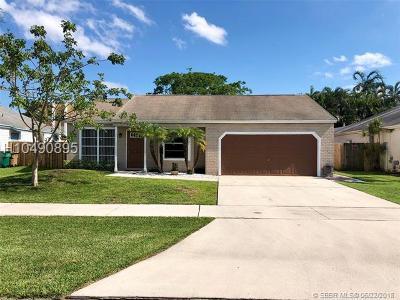 Davie Single Family Home Backup Contract-Call LA: 13500 SW 10th Pl