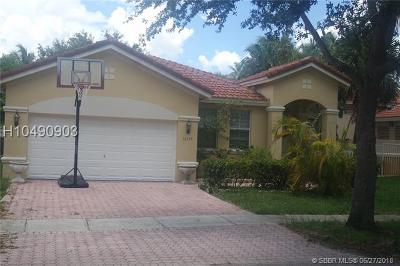 Miramar Single Family Home For Sale: 12719 SW 23rd St