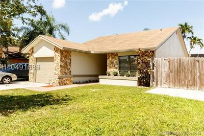 Cooper City Single Family Home For Sale: 5670 SW 99th Ln