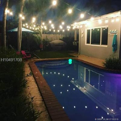 Hollywood Single Family Home For Sale: 802 N 31st Rd