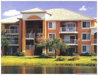 Davie Condo/Townhouse For Sale: 6900 SW 39th St #310K