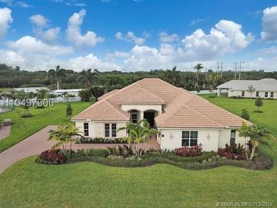 Davie Single Family Home For Sale: 5442 S Sterling Ranch Cir