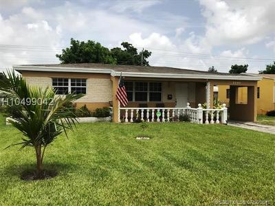 Miramar Single Family Home For Sale: 2280 Arcadia Dr