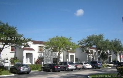 Pembroke Pines Condo/Townhouse For Sale: 12025 NW 11th St #12025