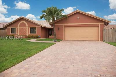 Davie FL Single Family Home For Sale: $569,900