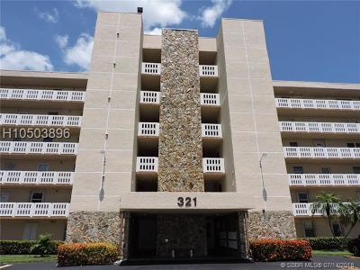 Dania Beach Condo/Townhouse Backup Contract-Call LA: 321 SE 3rd St #203