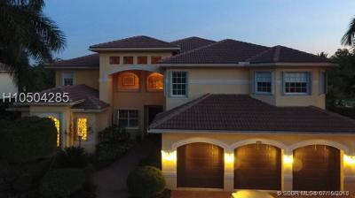 Davie Single Family Home For Sale: 10968 Garden Ridge Ct