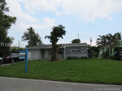 Miramar Single Family Home For Sale: 3131 SW 67th Ln