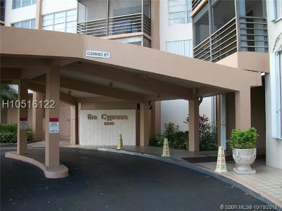 Pembroke Pines Condo/Townhouse For Sale: 1200 Saint Charles Pl #622