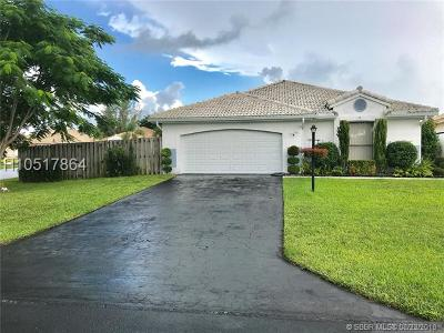 Davie Single Family Home Backup Contract-Call LA: 15141 S Waterford Dr
