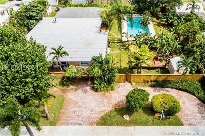 Hollywood Single Family Home For Sale: 1611 Jackson St