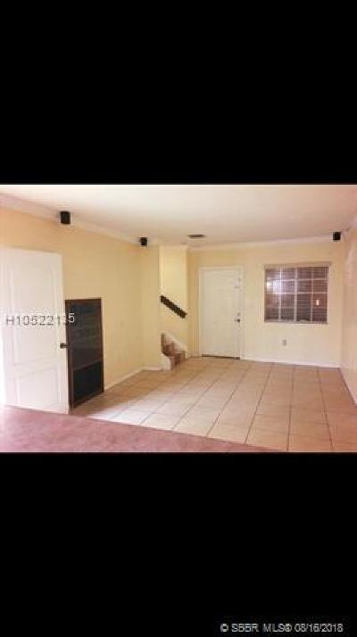 Hialeah Condo/Townhouse For Sale