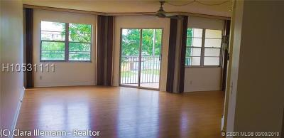 Pembroke Pines Condo/Townhouse For Sale: 12850 SW 4th Ct #I302
