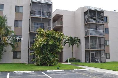 Sunrise Condo/Townhouse For Sale: 3700 N Pine Island Rd #305