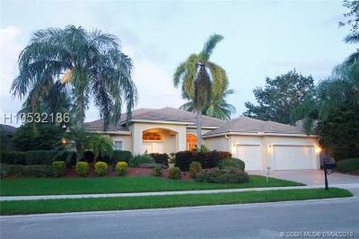 Weston Single Family Home For Sale: 3855 Oak Ridge Cir
