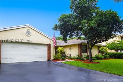 Davie Single Family Home For Sale: 13730 Roanoke St