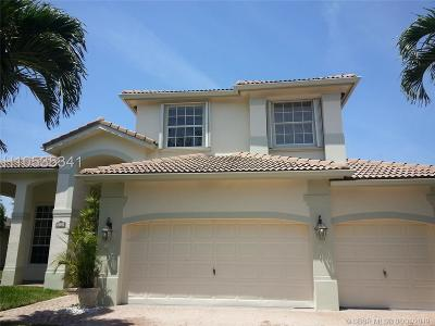 Weston Single Family Home For Sale: 1236 Ginger Cir