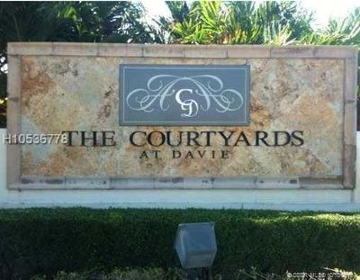 Davie Condo/Townhouse For Sale: 6968 SW 39th Street #303F