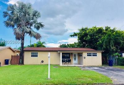 Miramar Single Family Home For Sale: 7580 Tropicana St