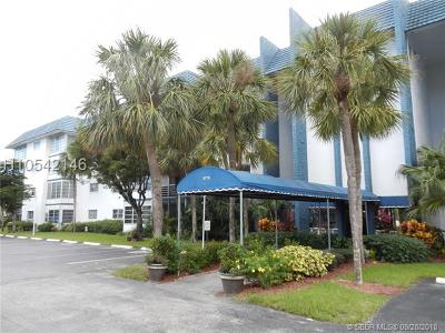 Lauderhill Condo/Townhouse For Sale: 4770 NW 21st St #305