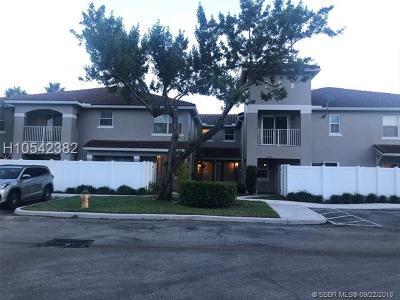 Miramar Condo/Townhouse For Sale: 12606 SW 54th St #12606