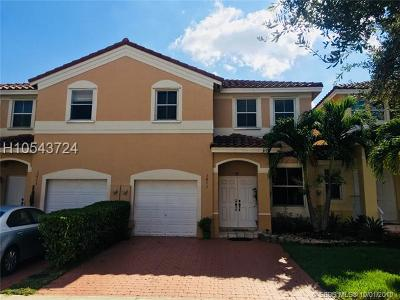 Miramar Condo/Townhouse For Sale: 3873 SW 171st Ter