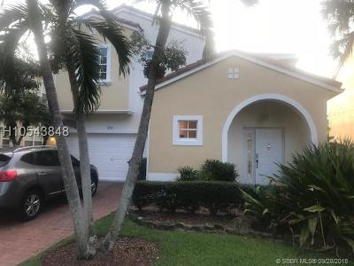 Pembroke Pines Single Family Home For Sale: 1890 NW 74th Way
