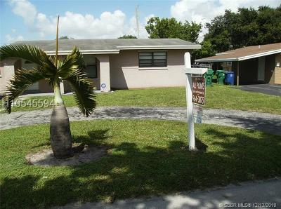 Miramar Single Family Home For Sale: 7321 Granada Blvd