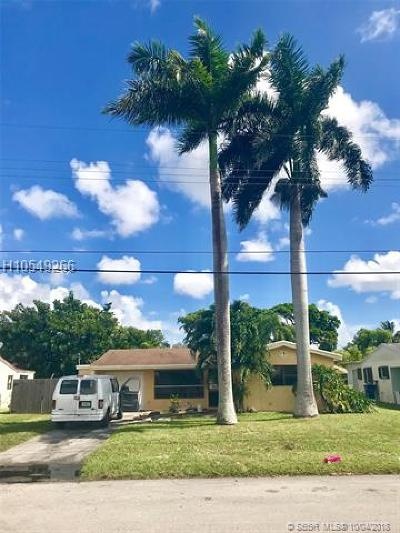 Miramar Single Family Home For Sale: 6757 SW 27th Ct