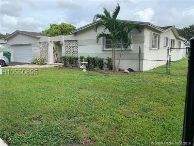 Cooper City Single Family Home For Sale: 8861 SW 49th Ct