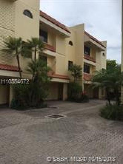 Fort Lauderdale FL Condo/Townhouse For Sale: $500,000