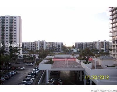 Hollywood Condo/Townhouse For Sale: 3000 S Ocean Dr #1412