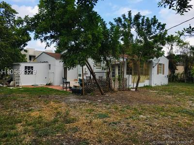 Hollywood Single Family Home For Sale: 2012 Adams St