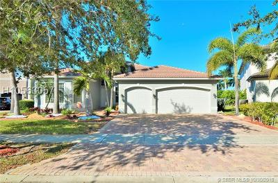 Miramar Single Family Home For Sale: 4110 SW 194th Ter