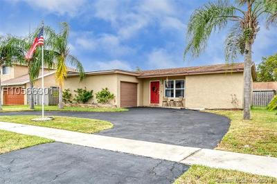 Sunrise Single Family Home For Sale: 4301 NW 118th Ave