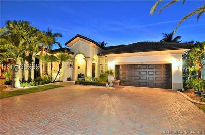 Miramar Single Family Home Active With Contract: 3720 SW 195th Ave