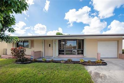 Miramar Single Family Home For Sale: 3904 S Lake Ter