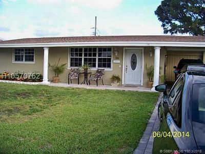 Pembroke Pines Single Family Home For Sale: 7710 NW 16th Ct