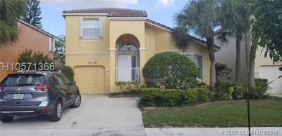 Pembroke Pines Single Family Home For Sale: 127 NW 152nd Ln