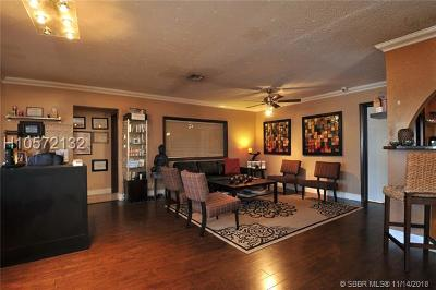 Hollywood Single Family Home For Sale: 5810 Sheridan St