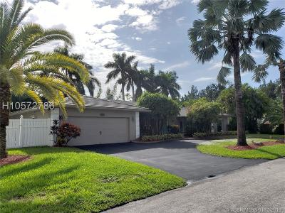 Davie Single Family Home For Sale: 6180 SW 56th Ct