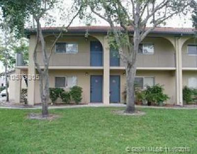 Sunrise Condo/Townhouse For Sale: 7613 NW 42nd Pl #213