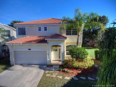 Cooper City Single Family Home For Sale: 2539 Ambassador Ave