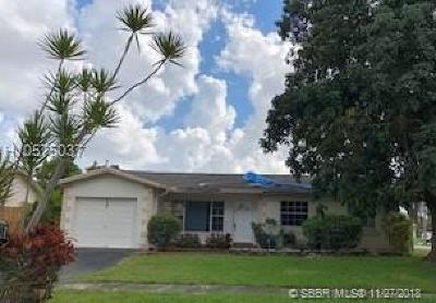 Pembroke Pines Single Family Home For Sale: 1001 NW 93rd Ter
