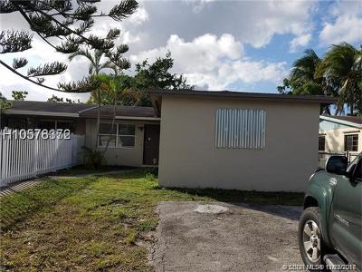 Miami Gardens Single Family Home For Sale: 19122 NW 34th Ct