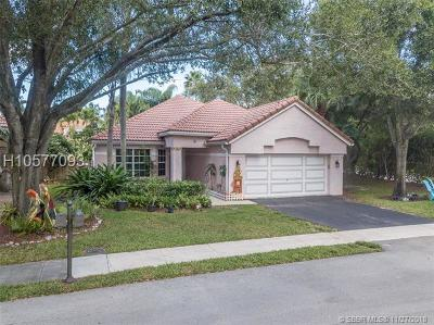 Davie Single Family Home For Sale: 9133 Greenbrier Ct