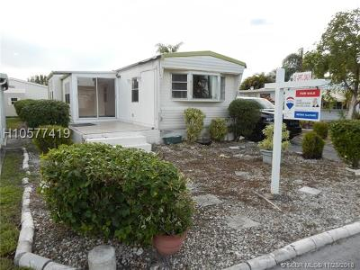Dania Beach Single Family Home For Sale: 2976 Harbor Ln